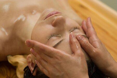 Подготовка кожи перед массажем