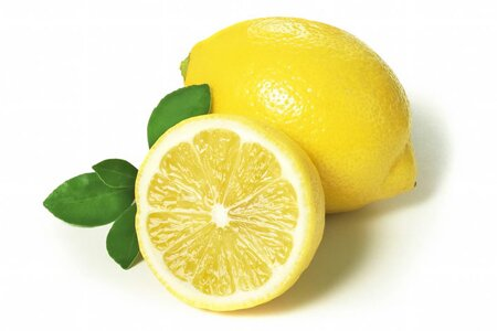 Рецепт лимонного пилинга для комбинированной и жирной кожи лица