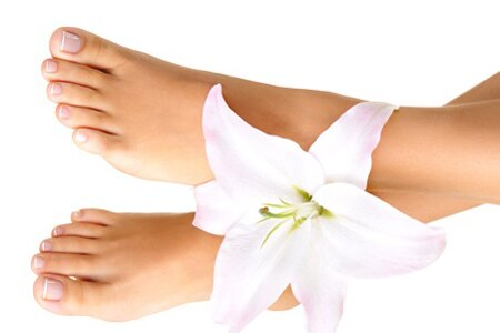 Вросший ноготь на ноге – лечение разными методами