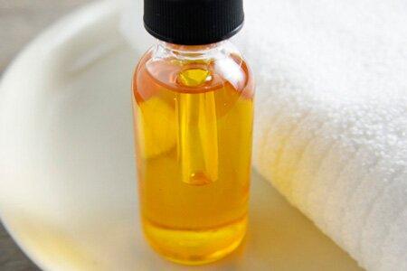 Касторовое масло для волос: применение в домашних условиях