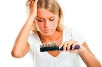 Выпадение волос: причины проблемы