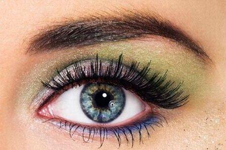 Правильный макияж для серых глаз