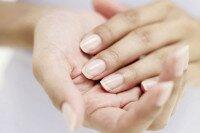 Биоармирование ногтей фиброином: стремление к натуральности не исключает уход за собой